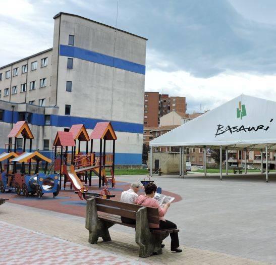 Reurbanización de la plaza Solabarria en Basauri