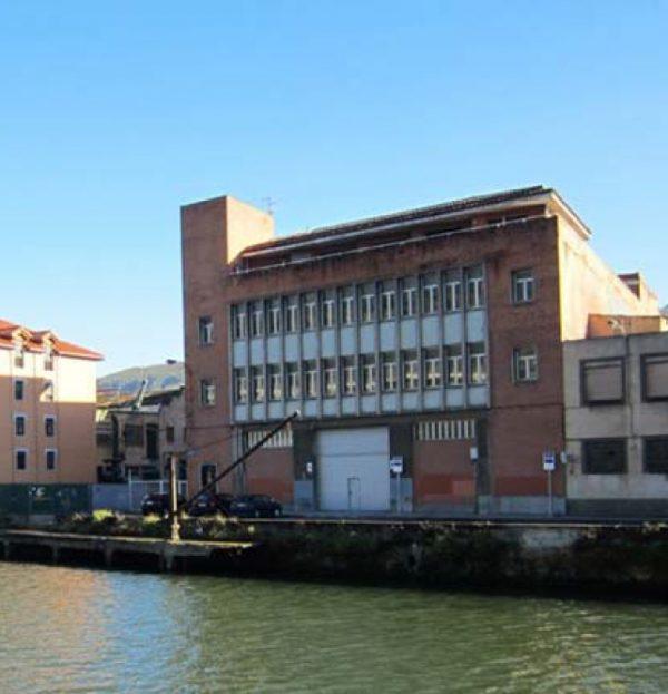 Obras de acondicionamiento del edificio Beta 1 en el nº2 de la Rivera de Zorrotzaurre