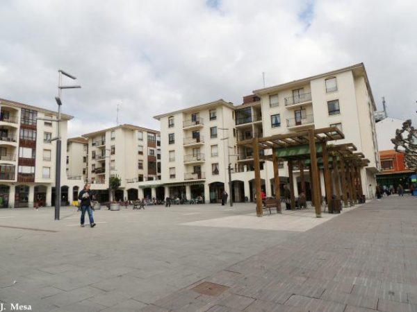 Remodelación de la plaza Somovilla en Medina de Pomar