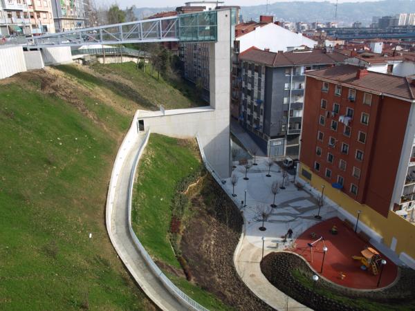 Urbanización de la circunvalación y Ascensor de Rekalde