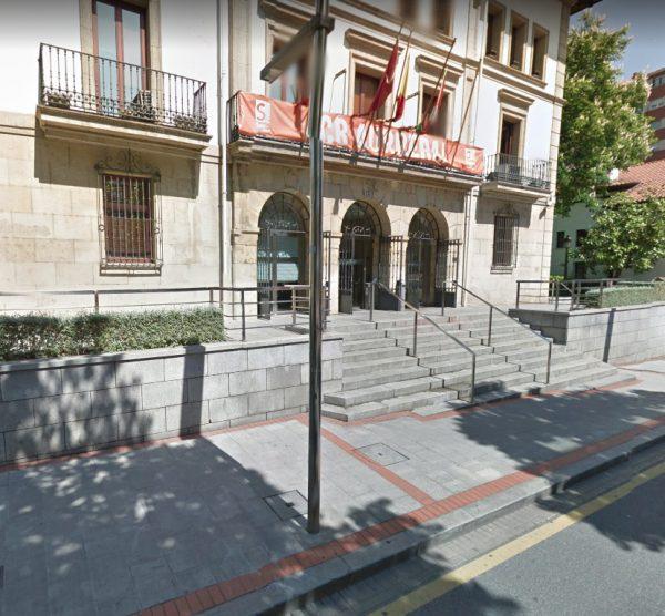 Reforma de las escaleras a la Casa Consistorial y de la vialidad en las intersecciones del la Plaza del Kasko en Sestao