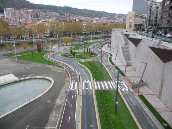 Obras de Urbanización y Colector del Paseo de Uribitarte