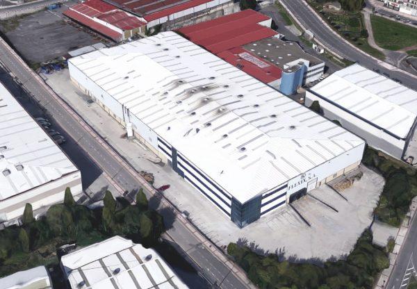 Nave Industrial y Oficinas en el Polígono Pinoa (Zamudio)