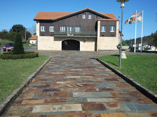 Parque en Urizar-Lemoiz