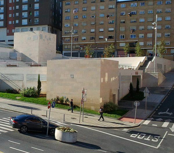 Construcción de la Plaza Pública y Aparcamiento para Vehículos en el S.R.3 – Los Hoyos de Portugalete