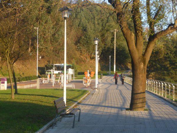 Construcción de itinerario peatonal y carril bici a San Miguel de Basauri