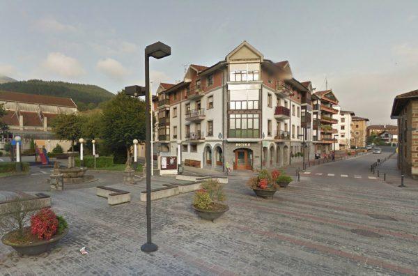 Urbanización para la peatonalización y tranquilización del tráfico en el casco histórico de Areatza